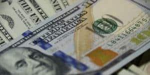 setting realistic financial goals